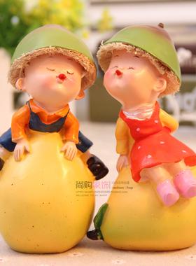 尚购家饰 树脂亲嘴情侣娃娃 家居装饰品 婚房摆件 结婚礼物 一对