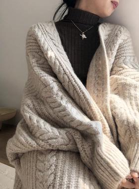 秋冬新款外穿针织开衫复古时尚简约加厚宽松麻花长款女毛衣外套女