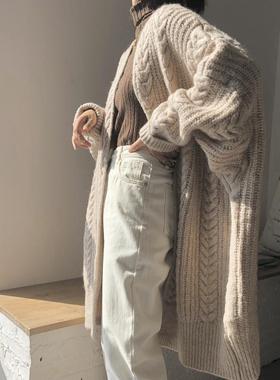 2020秋冬复古时尚V领加厚针织开衫女宽松麻花中长款毛衣外套慵懒