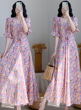 胖妹妹2021夏装新款大码女装宽松显瘦遮肚超仙碎花雪纺V领连衣裙