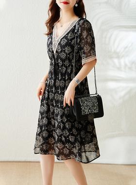 衣品乐镂空V领雪纺连衣裙女装2021夏季新款宽松减龄收腰显瘦裙子