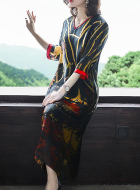 2021春夏新款雪纺印花连衣裙中年宽松妈妈显瘦过膝长裙A字V领气质