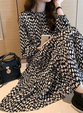 波点连衣裙女2021春夏新款宽松显瘦法式复古雪纺娃娃裙打底裙子潮