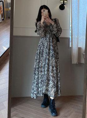 2021春夏季新款碎花雪纺连衣裙女法式小众设计感复古显瘦宽松气质