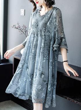 雪纺连衣裙女夏装2021新款高端气质优雅宽松大码V领法国小众裙子