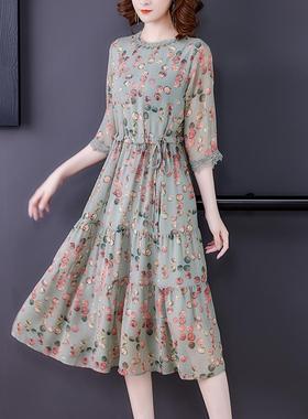 雪纺宽松连衣裙大码碎花女2021年夏季新款春款高端气质波点长裙子