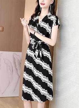 雪纺连衣裙2021女装夏季新款宽松时尚印花显瘦裙子高端法式气质裙