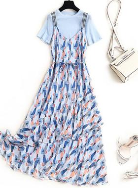 大码女装夏2021新款背带裙两件套装胖妹妹遮肚碎花洋气雪纺连衣裙