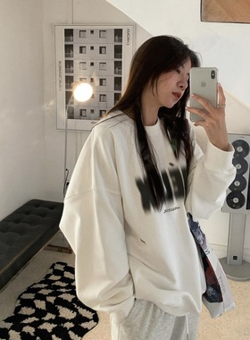 LIL CHER白色字母卫衣女春秋薄款2021新款韩版宽松慵懒风套头上衣
